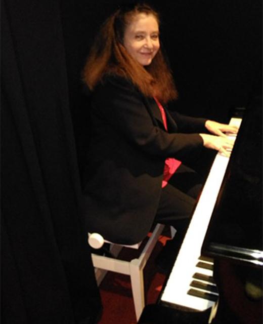 Catherine DE LEON MOREAU
